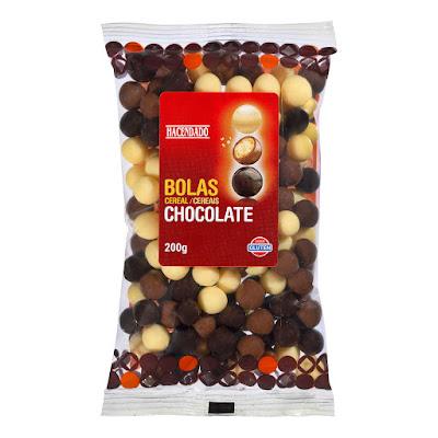 Bolas de cereal recubiertas de chocolate negro, con leche y blanco Hacendado