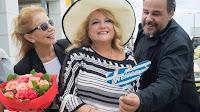 Η Πέμυ Ζούνη σκηνοθετεί την Ελένη Καστάνη στη Σίρλεϋ Βαλεντάιν