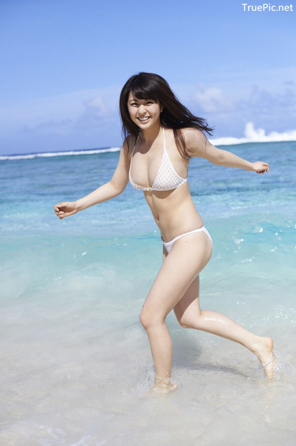 Image-Japanese-Actress-And-Model-Yurina-Yanagi-Blue-Sea-And-Hot-Bikini-Girl-TruePic.net- Picture-1