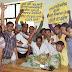 कानपुर - पार्षद ने उप नगर अधिकारी की टेबल पर रखा कूड़े का ढेर
