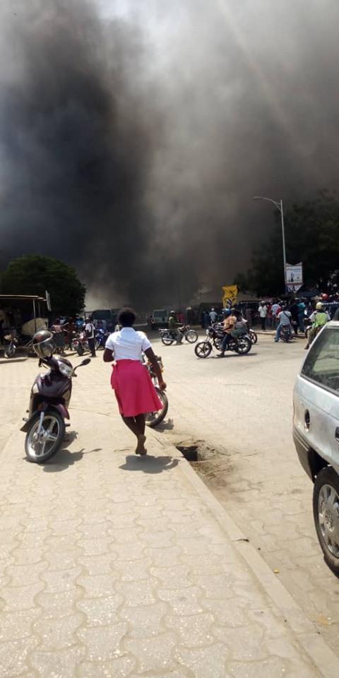Incendie d'un dépôt de friperie à Akodéssewa