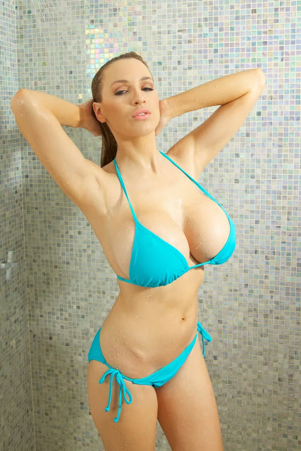 Jordan-Carver-shower-non-nude-picture-10