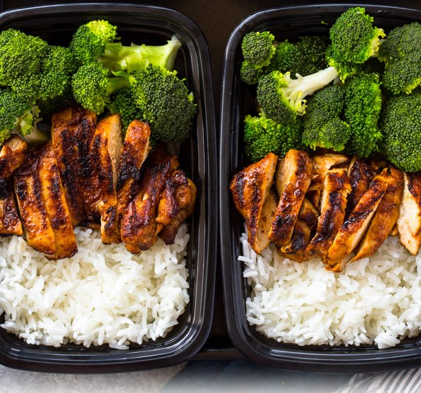 20 MINUTE MEAL-PREP CHICKEN, RICE AND BROCCOLI #healthylunch #lowcalorie