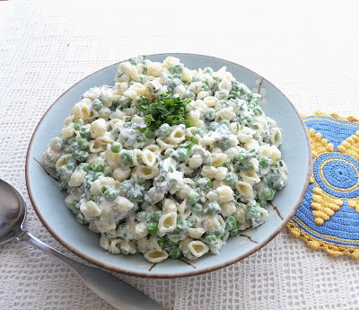 Cheesy Pea & Pasta Salad