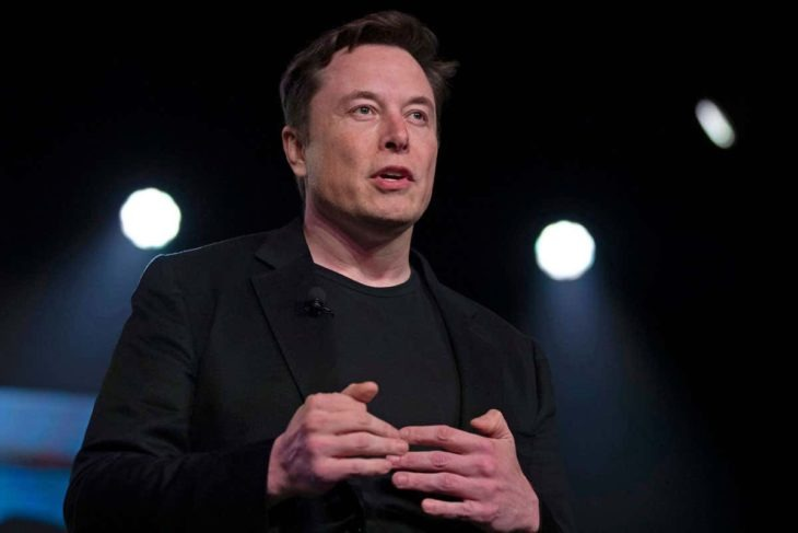 Elon Musk probó su Neuralink en un cerdo; el chip que permitirá guardar y ver tus memorias