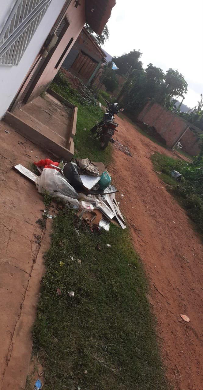 Moradores reclamam de acúmulo de lixo e falta de coleta em Poção de Pedras