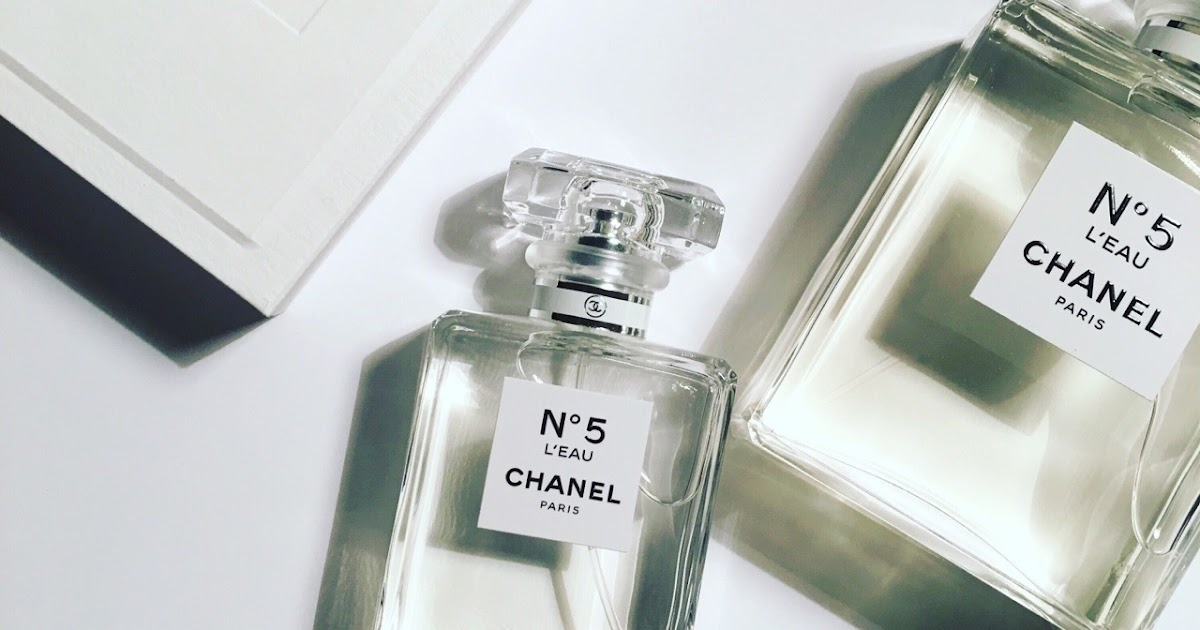 the beauty cove il profumo chanel n 5 l 39 eau bleu de chanel nei nuovi formati nomade. Black Bedroom Furniture Sets. Home Design Ideas