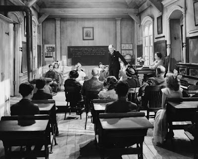photo of an old fashioned school room