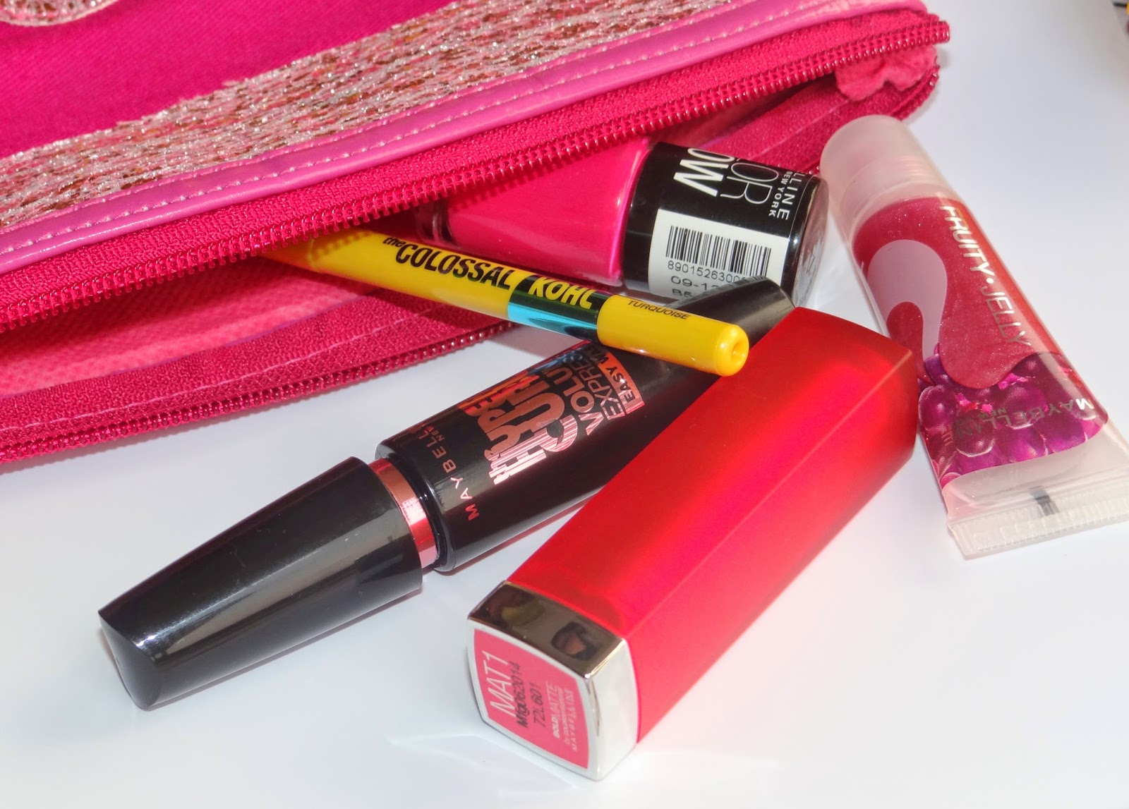 Maybelline vday gift kit