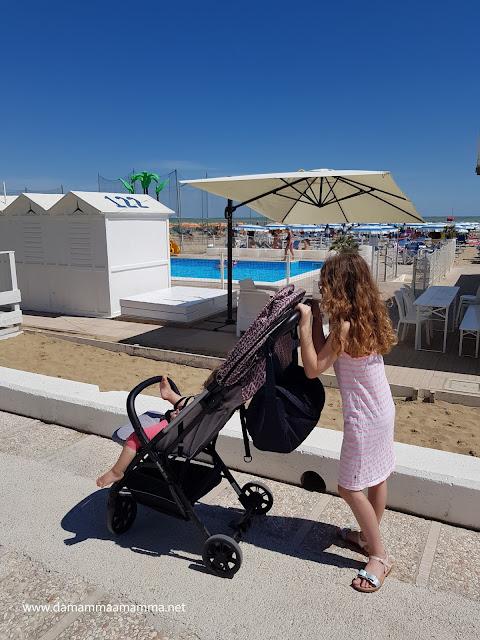 Da sola in vacanza al mare con i bambini.