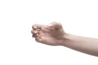Manfaat Mengepalkan Tangan