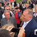 Građani na protestu ispred VSTV-a poručili Mektiću: Klanjamo se za tebe i želimo te za predsjednika države (FOTO+VIDEO)