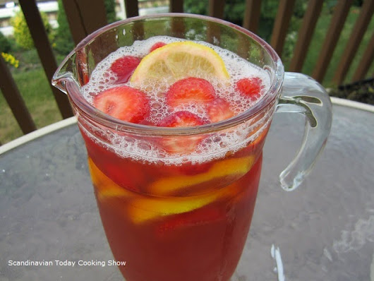 Strawberry Rhubarb Ice Tea a Summer Classic!