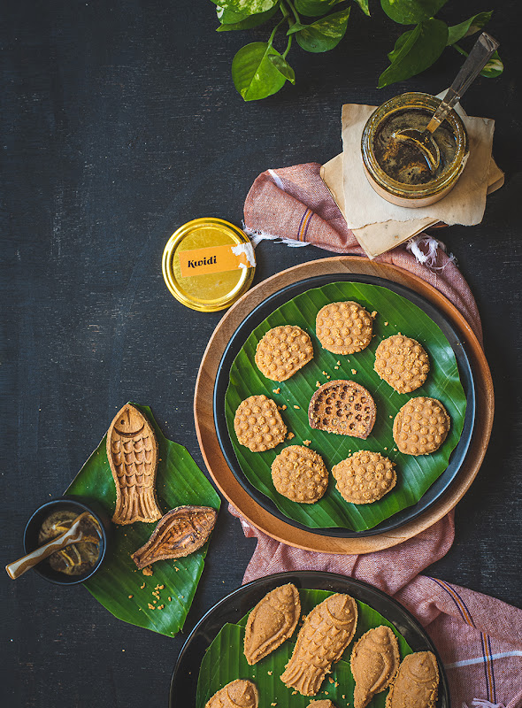 Nolen gur er sondesh, recipe