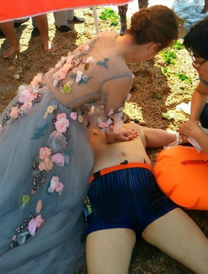 Kind-Hearted Bride Sacrificed Her Own Wedding Photoshoot To Save A Drowning Stranger!