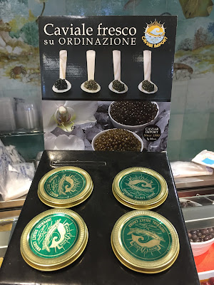 Sign for caviar to order at Orobica Pesca.