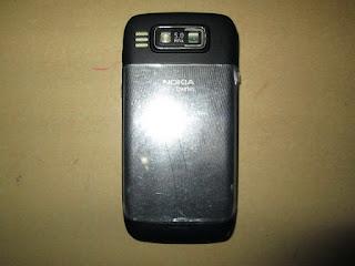 Hape Jadul Nokia E72 Seken Mulus Kolektor Item