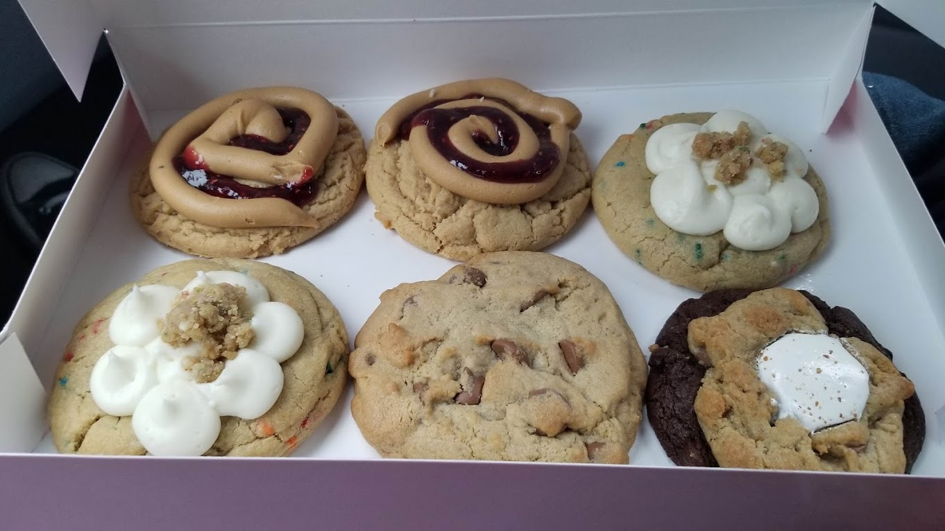 Cookies from Crumbl Cookies, Rochester Hills