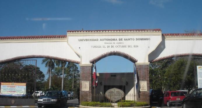 UASD suspende docencia en la sede, luego de disturbios este lunes