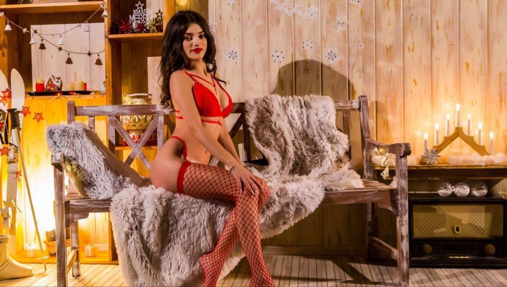 PinkyAmy Model GlamourCams