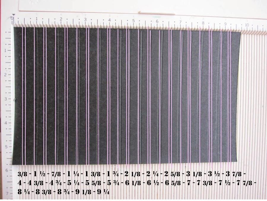 paso 1 tutorial mini-álbum scrapbook, tabla de plegado con papel básico marcado y medidas a marcar