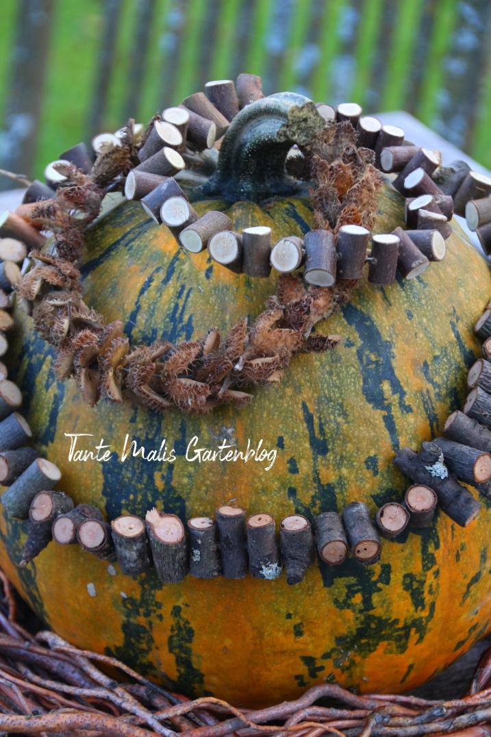 Herbstdeko mit Kürbis