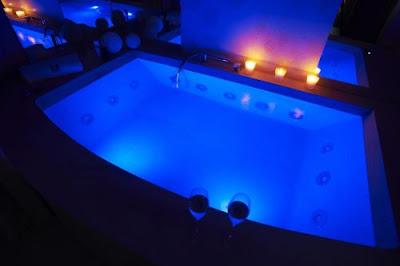 Dove dormire in Italia e avere a disposizione una bella vasca idromassaggio in camera o nella suite. Gite e vacanze in Toscana