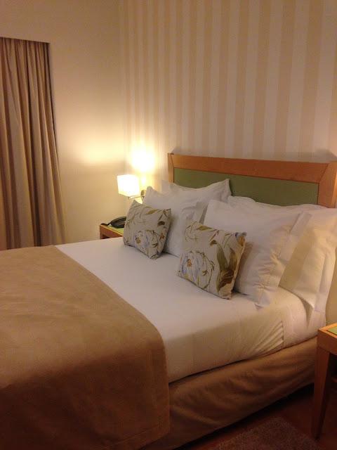 quarto hotel luna esperança centro