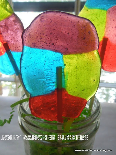 Make your own Lollipops using easy jolly rancher candies