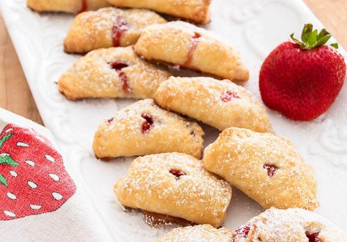 Strawberry Mini Pies Summer Recipe