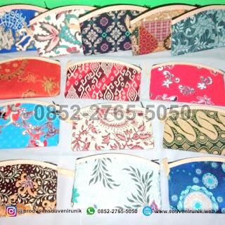 souvenir unik, souvenir dompet batik, 0852-2765-5050
