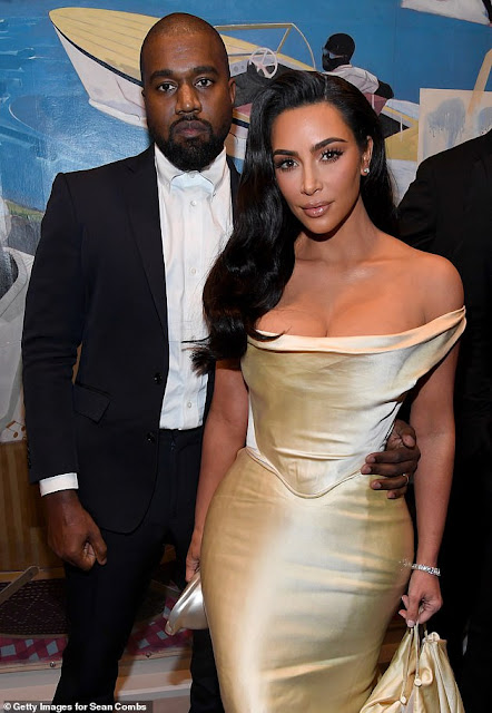 Kim Kardashian begged Kanye West to meet up with her after his 'frustrating' Twitter meltdown