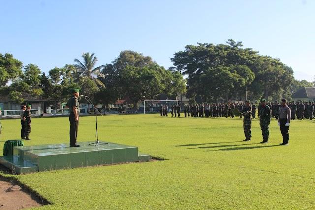 TNI-Polri Ikuti Upacara 17 An di Batalyon 527 Lumajang
