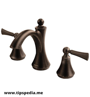 antique-brass-bathroom-faucet-moen