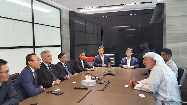 Deputy Chairman Mohamed Abdul Latif Kanoo (1st right) meets Sinopec and ADNOC Refining teams in Abu Dhabi