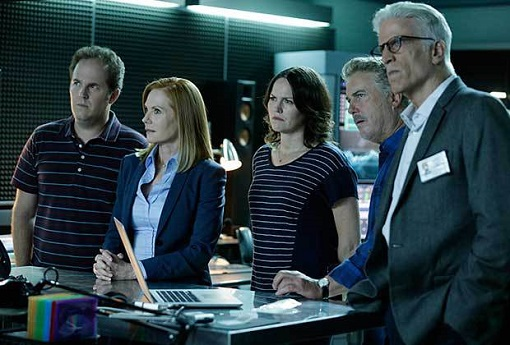 David Berman, Marg Helgenberger, Jorja Fox, William Petersen y Ted Danson en CSI (CBS).