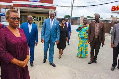 Pst. David Ibiyeomie DONATES One Hundred Million Naira to Ignatius Ajuru University,