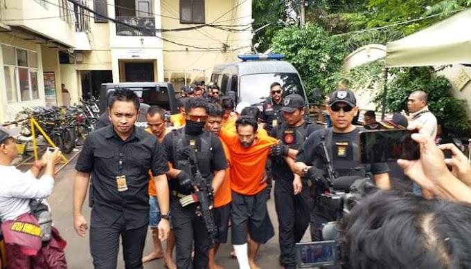 Polisi Bekuk Pelaku Pencuri dan Oknum Karyawan, Bobol Pergudangan di Tamansari