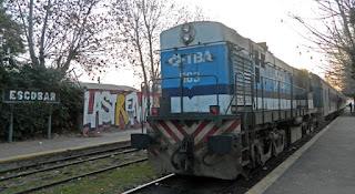 Viejo Tren Mitre en la estación Escobar