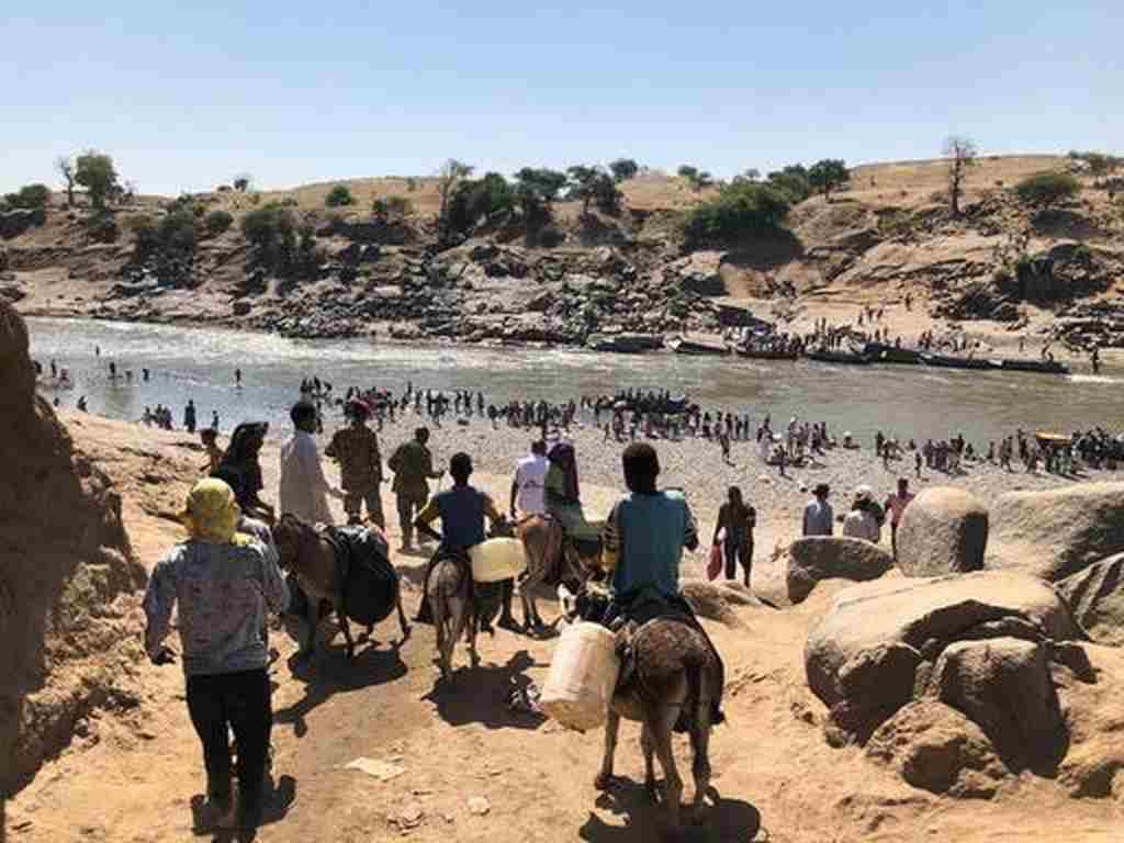 Milhares de etíopes cruzaram a fronteira rumo ao Sudão desde o início de novembro