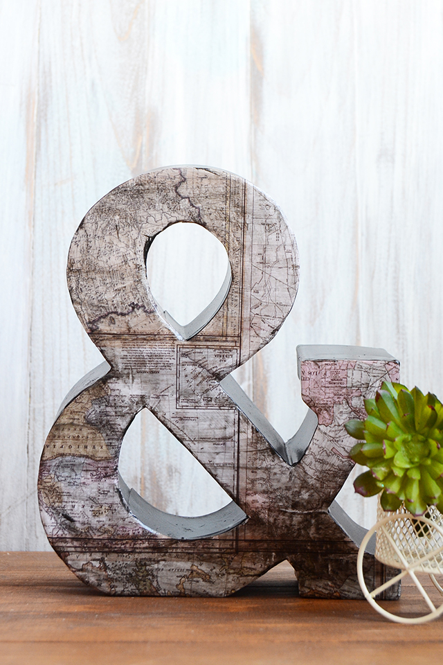 ampersand vintage map