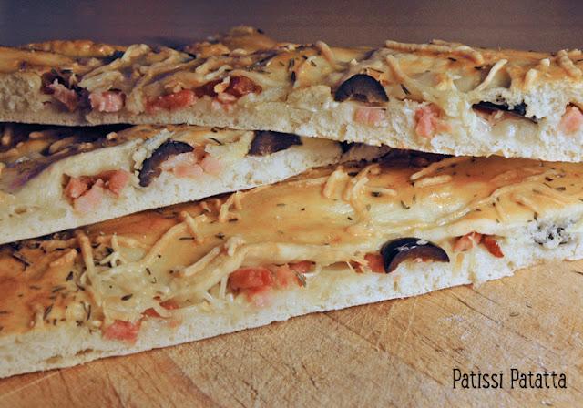recette de fougasse rapide, fougasse aux olives, fougasse aux lardons, idée apéro, c'est bon la fougasse