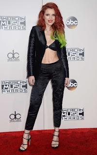 Hollywood Actress Bella Thorne At American Music Awards (3)