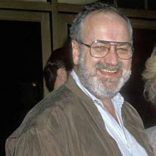 American author, Steve Sohmer