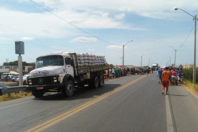 Irmãs morrem em acidente de trânsito na BR-407 em Petrolina