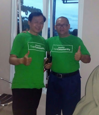 Berfoto Selfi bersama om Purnomo Ketua TopCom Depok