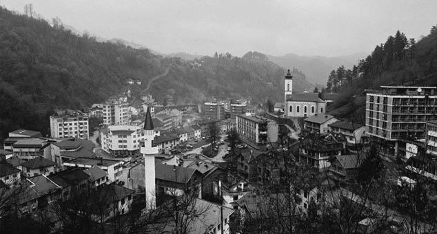 #Srebrenica #Laž #Masajr #Srbija #Mediji