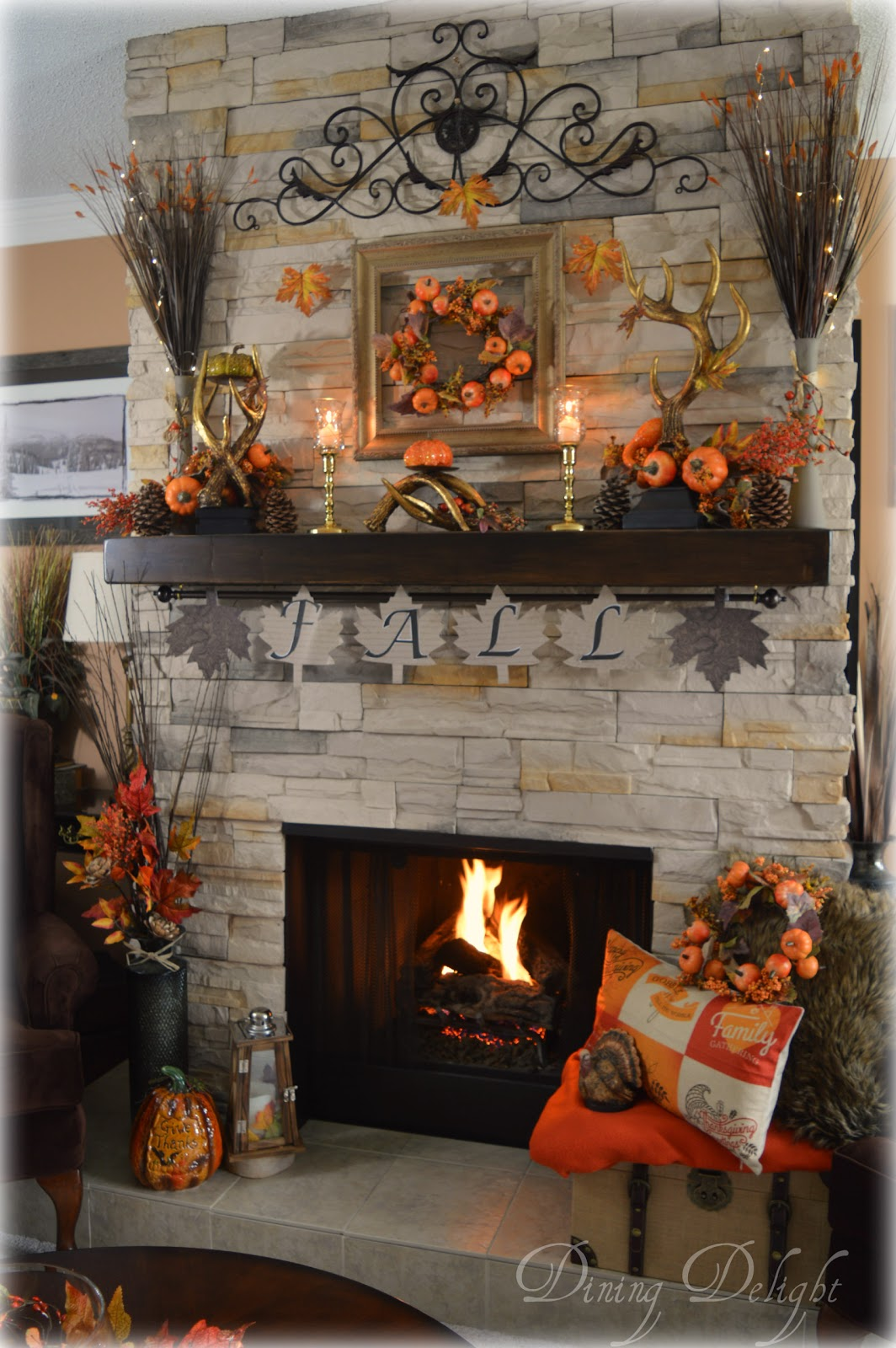 Fall Fireplace Mantel Decorating Ideas: Dining Delight: Pumpkins & Antlers Fall Mantel