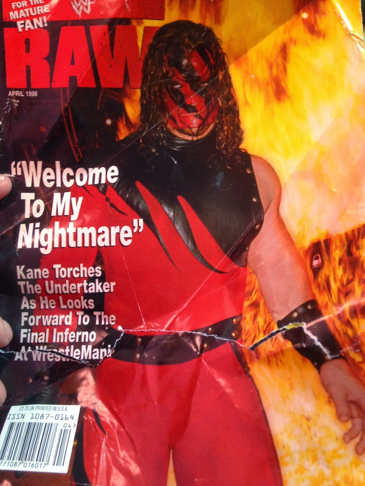 WWE - WWF Raw Magazine - April 1998 -   Magazine cover ft. Kane