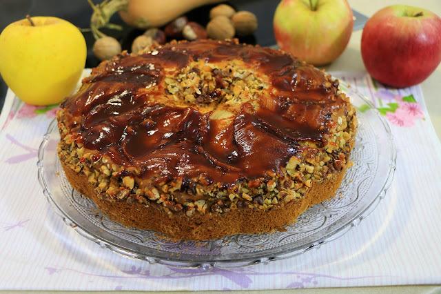Domaći-kolač-sa-jabukom-orasima-bundevom